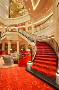 QM2 Grand Lobby