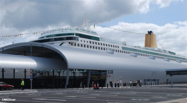 Disembarking in southampton with lots of luggagemeeting family to ocean terminal is the biggest and newest of the four southampton terminals its not tiny m4hsunfo