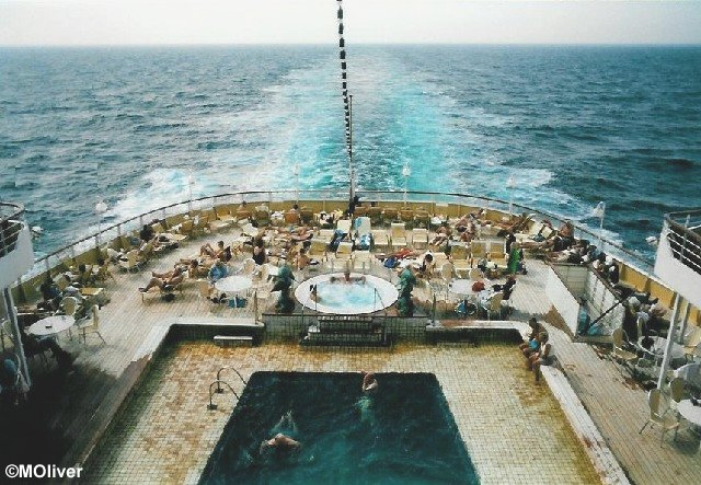 Black Watch Malcolm Olivers WaterWorld - Cruise ship pool table