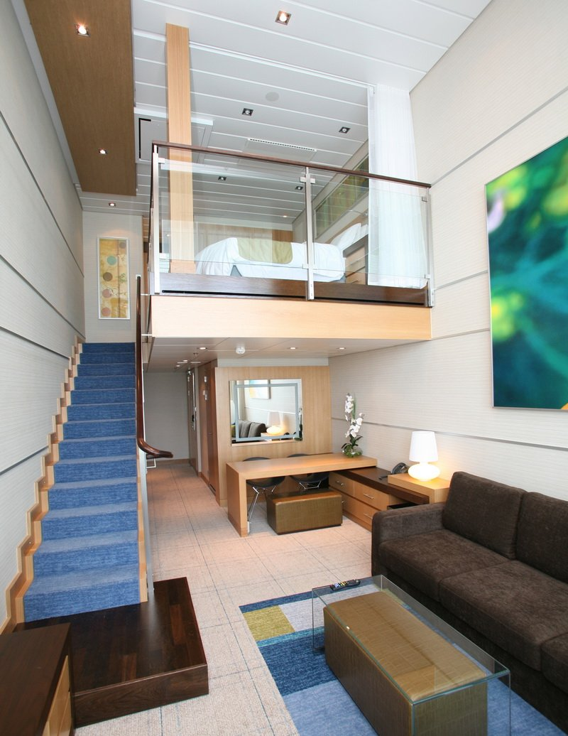 How can i get a free cabin upgrade malcolm oliver 39 s for Oasis of the seas cabin