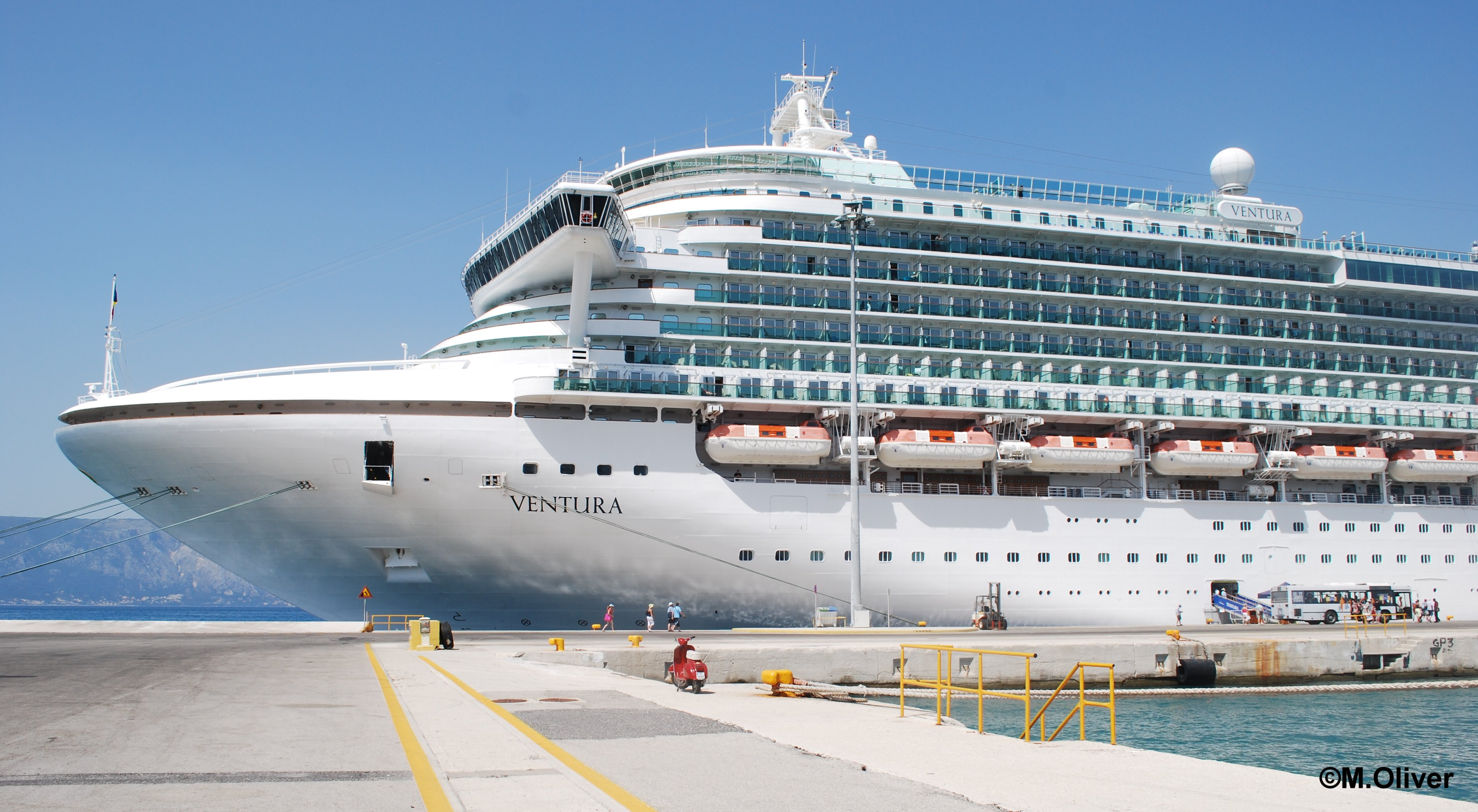 POs Ventura Ship Review Malcolm Olivers WaterWorld - Guest entertainers wanted for cruise ships