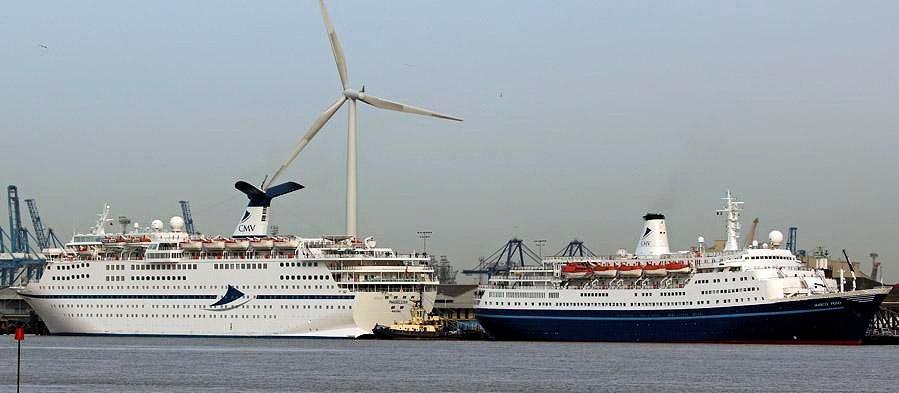Magellan Ship Review Malcolm Olivers WaterWorld - Magellan cruise ship