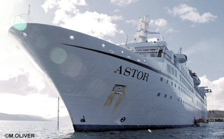 MS Astor Review Malcolm Olivers WaterWorld - Marco polo cruise ship dress code