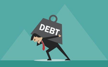 man-dealing-with-heavy-debt-1024x826